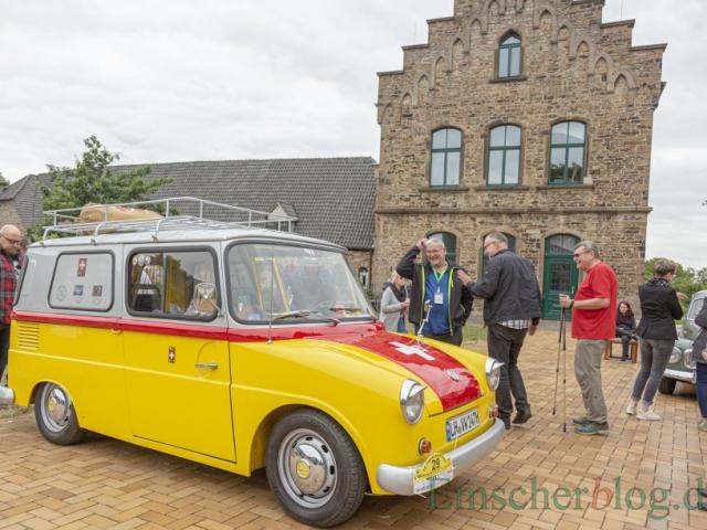 Auch dieser von VW exklusiv für die Post gefertigte Mini-Van fuhr im Feld mit. (Foto: P. Gräber - Emscherblog)