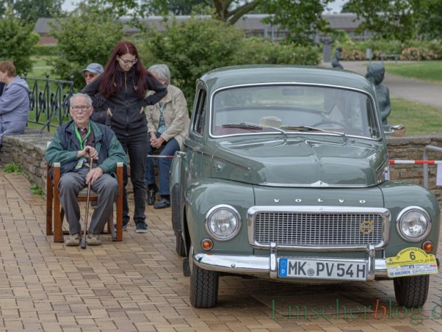 Erstmals hatte der MSC Holzwickede das kreiseigene Haus Opherdicke zum Start/Ziel seiner Oldtimerausfahrt gewählt. (Foto: P. Gräber - Emscherblog)