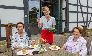 Die leckeren Kuchen und Torten sowie den Kaffee gibt's zum Eröffnungspreis von 1,50 Euro. (Foto: P. Gräber - Emscherblog)