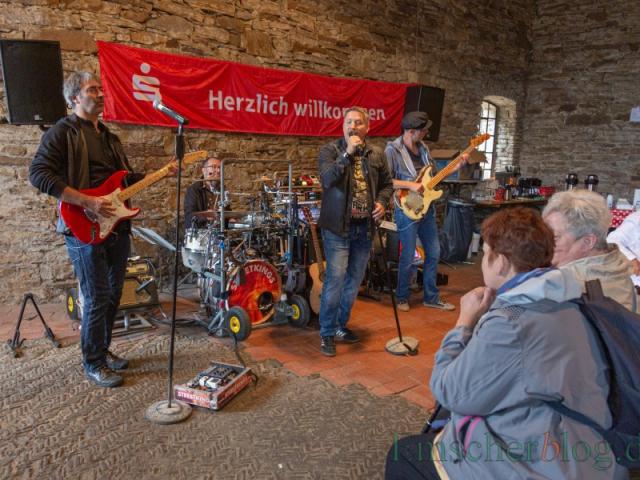 Die Streetkings vertrieben mit ihrer Musik eventuell aufkommende trübe Gedanken. (Foto: P. Gräber - Emscherblog)