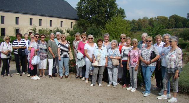 Die Teilnehmerinnen des Tagesausflugs der FU Holzwickede zum Kloster Dalheim. (Foto: privat)