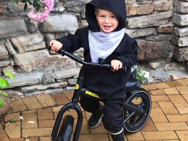 Der kleine Louis war jüngster Starter und zeigte wie's geht: Nicht die gute Laune verlieren! (Foto: Hanne Schön)