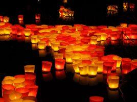 Candlelight / Kerzenlicht Bild von Hans Braxmeier - pixabay.com