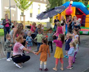 Buntes Jubiläumsfest zum Zehnjährigen von Haar Kultur Yasemin