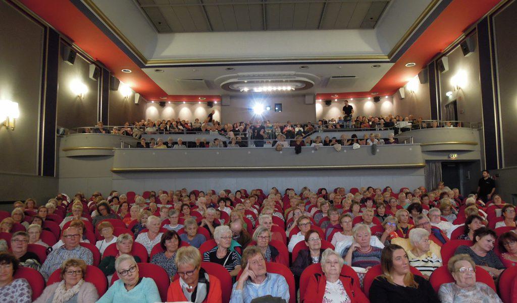 Das Seniorenkino in Unna ist gut besucht (Foto), weshalb sich eine frühzeitge Vorbestellung der Tickets empfiehlt. (Foto: Kinorama Unna)