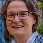 Ministerin Scharrenbach bei FU Holzwickede zu Gast