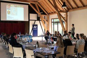 Die JU Holzwickede traf sich am Wochenende im Emscherquellhof zu einem Konfliktplanspiel. (Foto: privat)