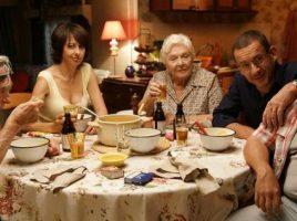 """Szene aus der Komödie """"Die Sch'tis in Paris - eine Familie auf Abwegen"""", die beim Filmabend des Freundeskreises zu sehenh ist. (Foto: Filmverleih Concorde)"""