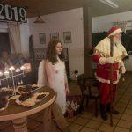Nikolaus und Weihnachtsengel besuchen Schlüter und Schlepperfreunde