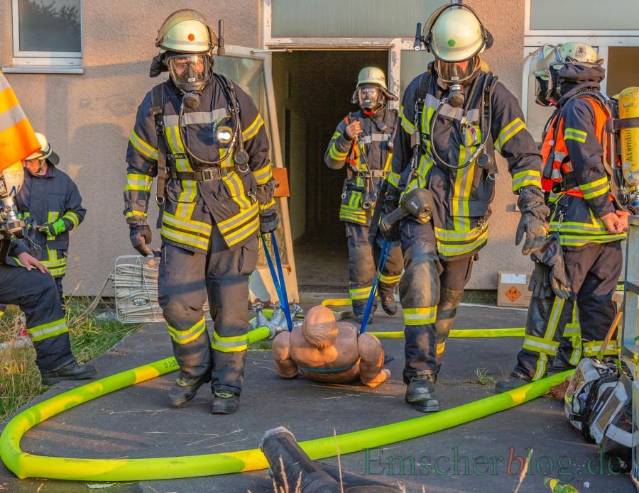 Der Gemeinderat hat die Aufwandsentschädigungen für die Funktionsträger und Stellvertreter der Freiwilligen Feuerwehr erhöht: Übung der Holzwickeder Feuerwehr. Foto: P. Gräber - Emscherblog)