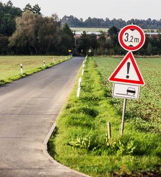 Die Grünen regen einen kombinierten Rad- und Fußweg auf der südlichen Schäferkampstraße (Foto) an. (Foto: P. Gräber - Emscherblog)