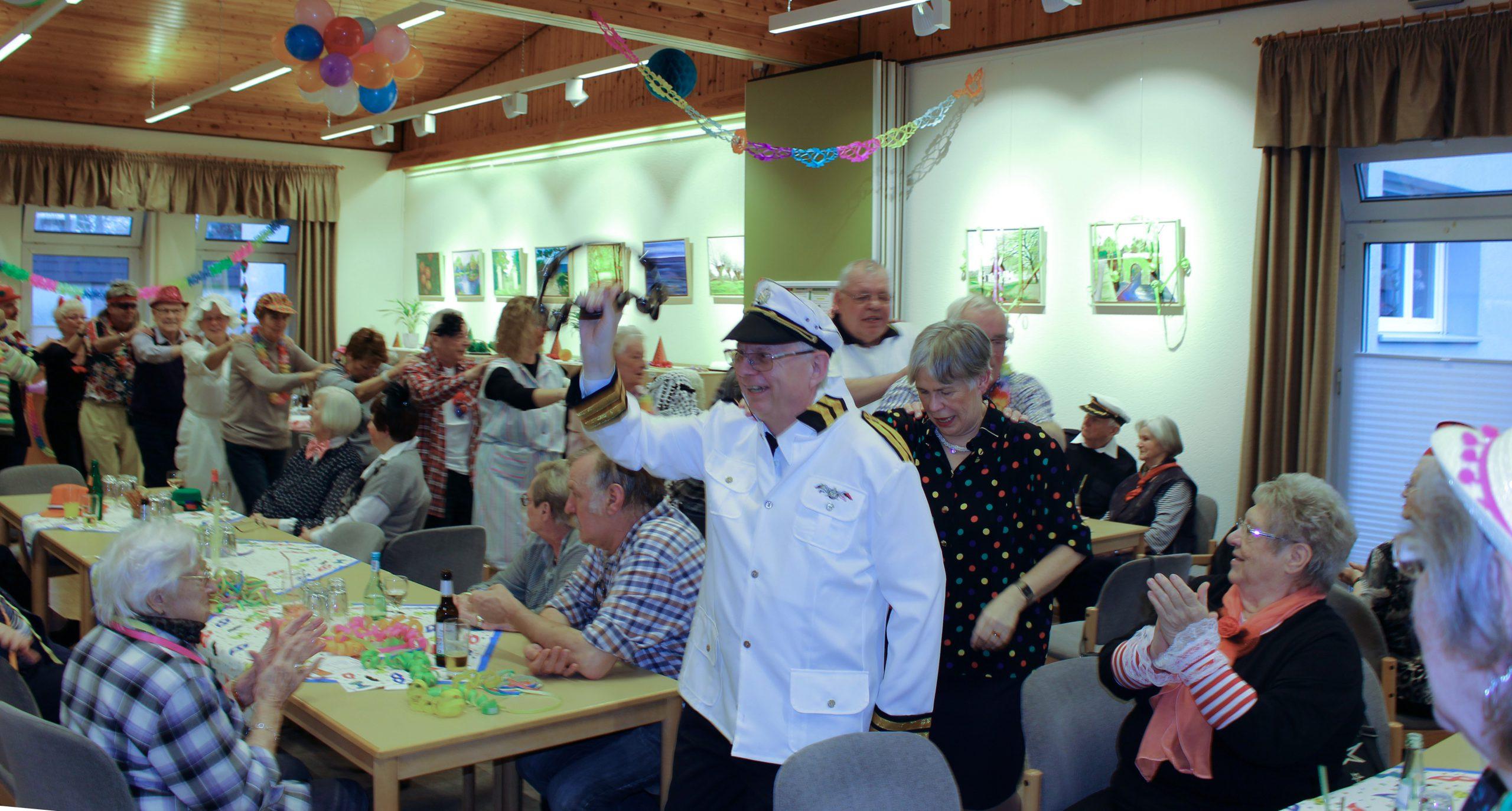 Der Verein Seniorenbegegnungsstätte lädt zum Karneval ein. (Foto: privat)