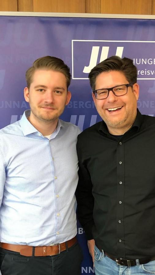 Marco Morten Pufke (re.) mit dem neuen JU-Vorsitzenden Marcal Zilian. (Foto: JU)