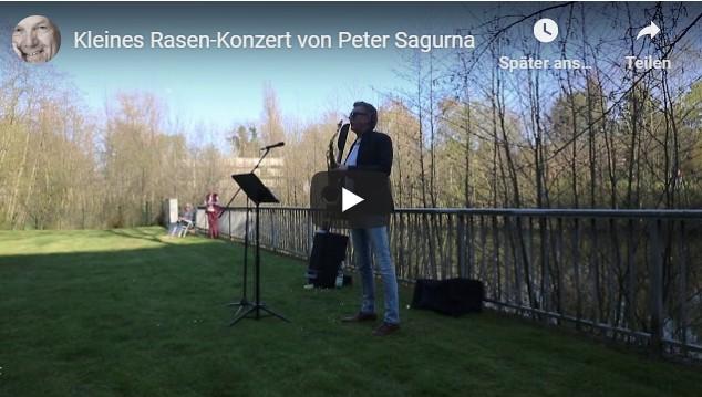 Peter Sagurna spielte Rasen-Konzert für Nachbarn im Karree