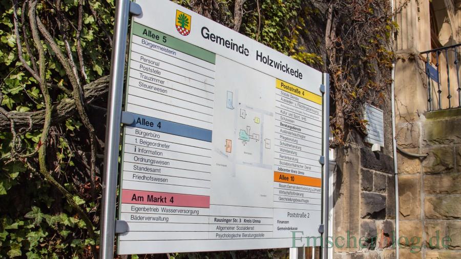 Die Gemeindeverwaltung öffnet ab 4. Mai wieder - mit Einschränkungen. (Foto: P. Gräber - Emscherblog)