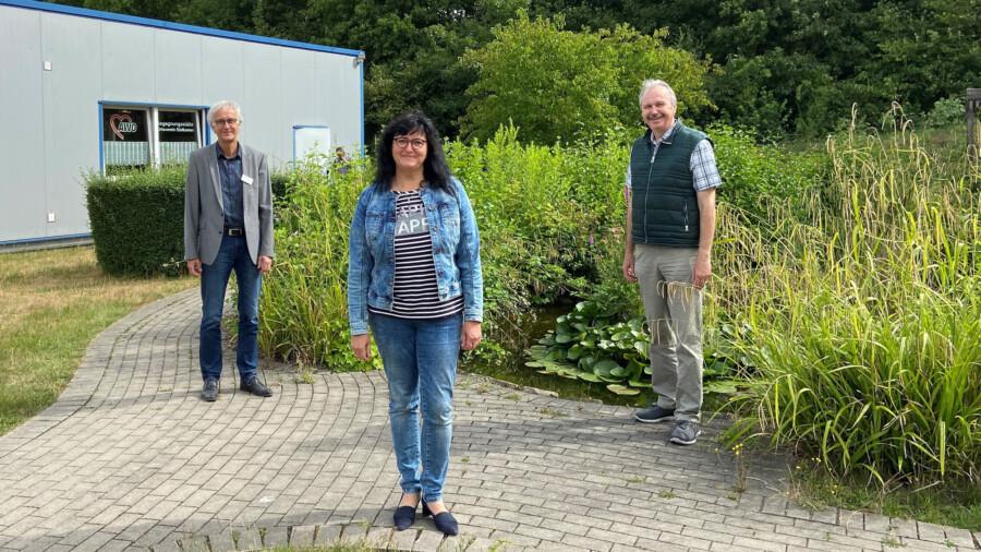 Gemeinsamer Einsatz für mehr Fachkräfte im Kreis Unna: Elke Kappen, Martin Wiggermann (re.) und Rainer Goepfert. (Foto:  Sebastian Laaser - AWO Ruhr-Lippe-Ems)