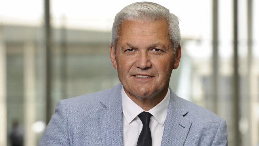 Hofft auf engagierte Sonderpädagogen, die sich für Unterricht in den Ferien zur Verfügung stellen: Hubert Hüppe (CDU). (Foto: Stella von Saldern - CDU)
