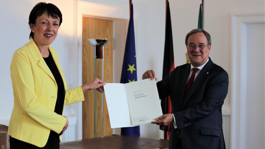 Für ihren Einsatz bei einem Notfall wurde die FDP-Landtagsabgeordnete Susanne Schne