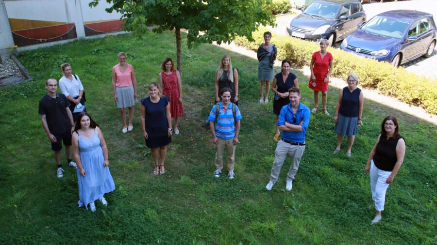Die Verstärkung für die Grundschulen wurde im Schulamt für den Kreis Unna begrüßt. (Foto: Benjamin Gräbe – Kreis Unna)