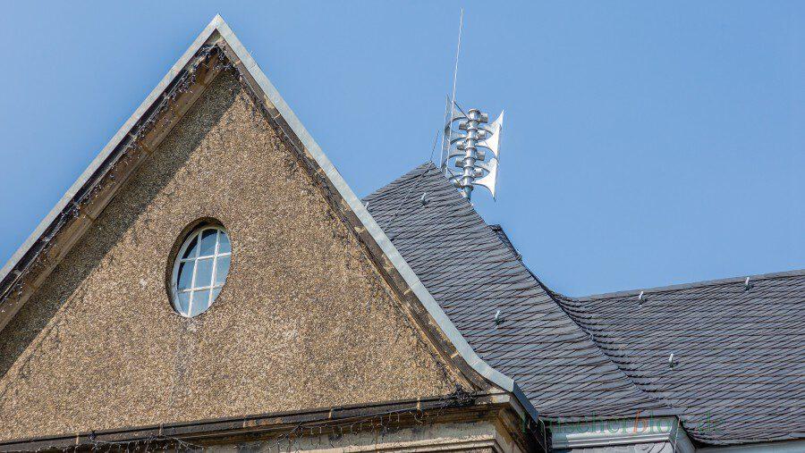 Probealarm am Donnerstag, 10. September: Auch auf dem Dach des Holzwickeder Rathauses ist eine Sirene angebracht.  (Foto: P. Gräber - Emscherblog.de)
