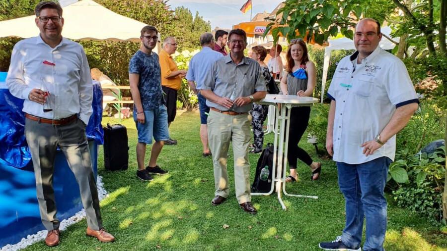 """Am kommenden Freitag trifft sich das CDU-Team in der Winkelstraße. Am vergangenen Freitag hatte Bürgermeisterkandidat Frank Lausmann zum """"offenen Garten"""" (Foto) eingeladen. (Foto: CDU)"""