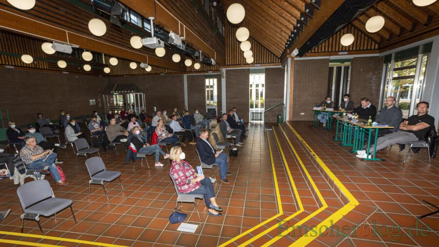 Etwa 40 Gäste fanden nach vorheriger Anmeldung im Forum Platz und verfolgten gespannt die Veranstaltung. (Foto: P. Gräber - Emscherblog)