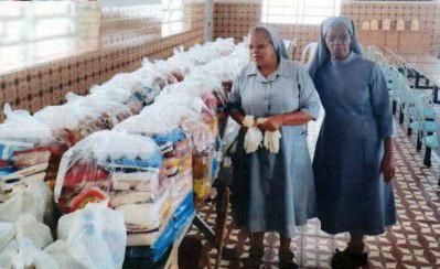 Die Gemeinde unterstützt auch ein Projekt des Aktionskreises Pater Beda, der die ärmsten Familien in Brasilien mit Lebensmittelpaketen unterstützt.  (Foto: Aktionskreis Pater Beda)