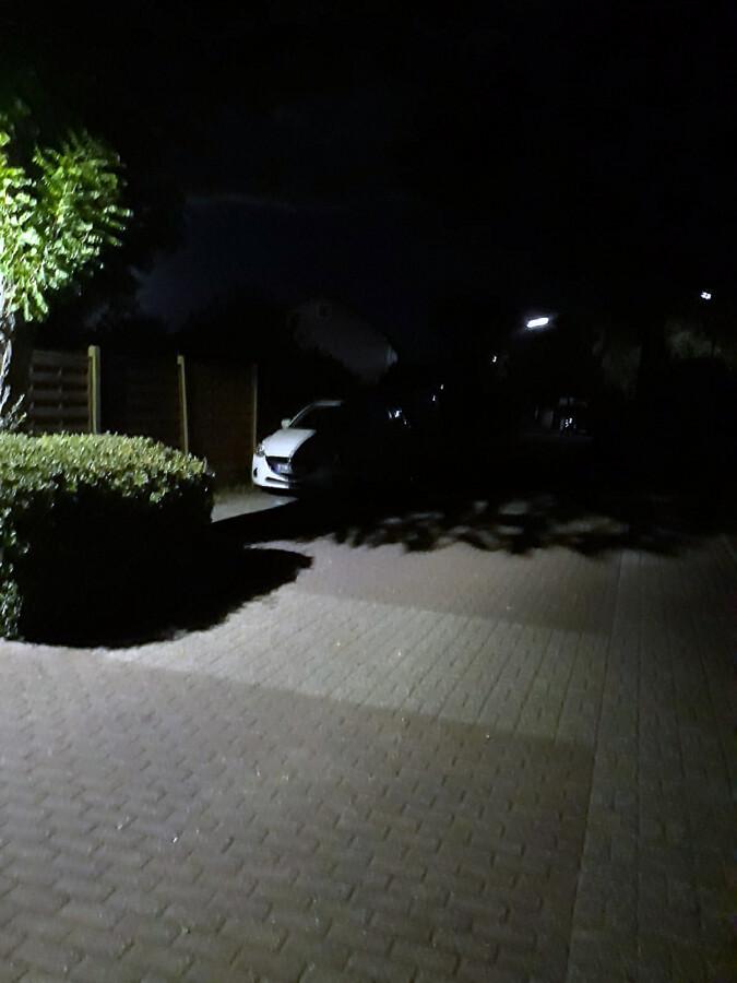 Die Beleuchtungssituation im Düsseldorfer Weg ist unzureichend, wie dieses Foto, das dem Antrag der CDU-Fraktion beigefügt ist, belegen soll. (Foto: CDU)
