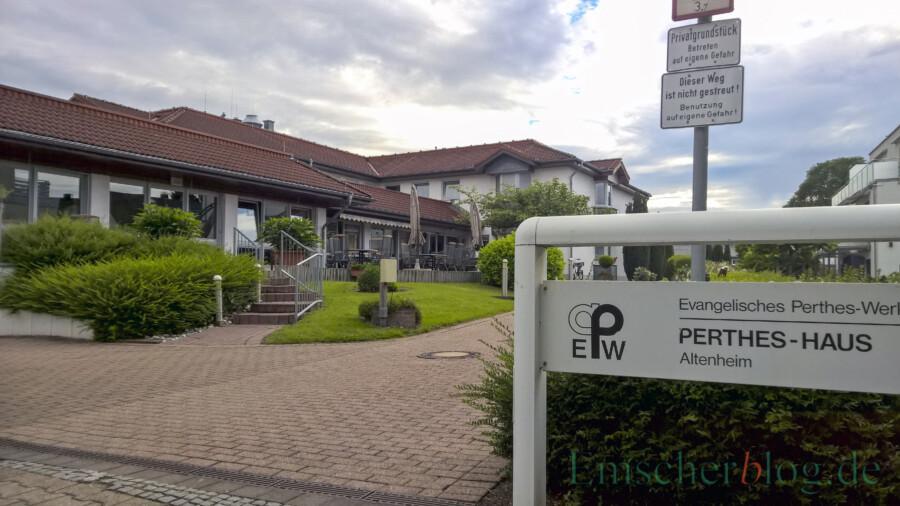 In Holzwickede hat bislang nur das Perthes-Haus als einzige Pflegeeinrichtung in der Gemeinde Unterstützungsbedarf für die Corona-Schnelltests beim DRK angemeldet.- (Foto: P. Gräber - Emscherblog)