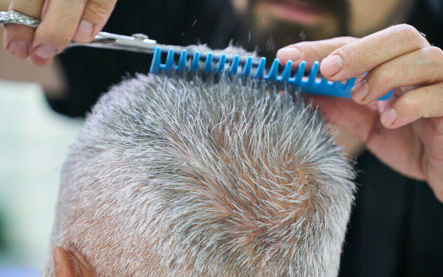 Friseurbetriebe und Kosmetikstudios zählen zu den Betrieben, die am stärksten von der Corona-Pandemie betroffen sind.  (Foto: Pixabay)
