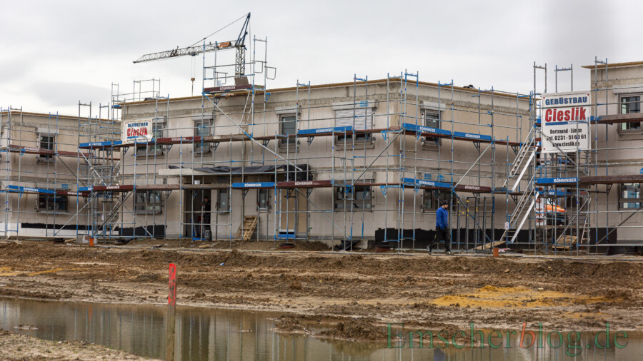In Holzwickede ist der Preis für Wohnbauland aufgrund von mehreren Baulücken und einem großem Neubaugebiet laut Gutachterausschuss des Kreises etwas gesunken: das Neubaugebiet Wohnpark Emscherquelle. (Foto: P. Gräber - Emscherblog)