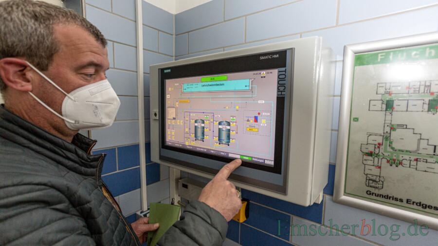 Technik vom Allerfeinsten: Die gesamte Technik kann nun zentral von einem Terminal aus gesteuert werden. (Foto: P. Gräber - Emscherblog)