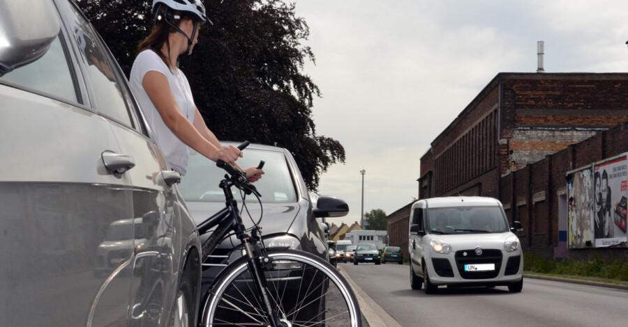 Nicht das Radeln auf landschaftlich schönen Wegen, sondern der Alltagsradverkehr steht im Fokus des heute vorgestellten Radverkehrskonzeptes  2021 des Kreises Unna. (Foto: B. Kalle -Kreis Unna)