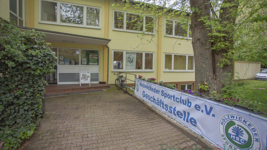 Ab sofort auch offizielles Testzentrum für kostenlose Schnelltests: die HSC-Geschäftsstelle an der Hauptstraße 47 (Eingang Kirchstraße). (Foto: P. Gräber - Emscherblog.de)