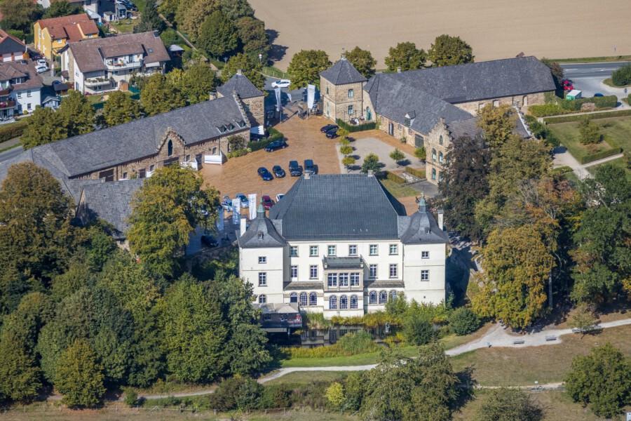 Haus Opherdicke zählt zu den schönsten Baudenkmälern der Region und ist eines von etwa 82.000 Baudenkmälern in ganz Nordrhein-Westfalen. (Foto: Hans Blossey)