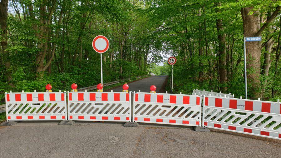 Seit vergangenen Freitag (14.5.) ohne Vorwarnung gesperrt: die Brücke Kellerstraße. (Foto: privat)