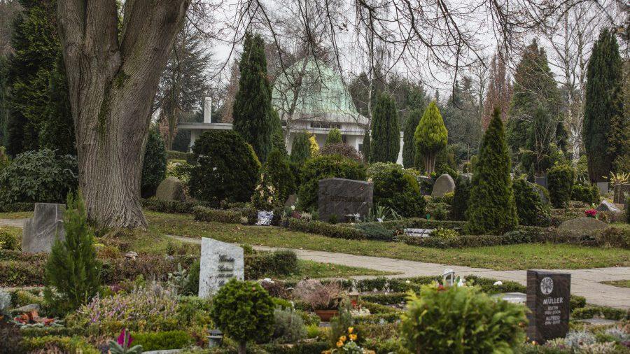 Am kommenden Mittwoch (16. Juni) wird die Standsicherheit der Grabmale auf dem kommunalen Friedhof überprüft. (Foto: P. Gräber - Emscherblog)