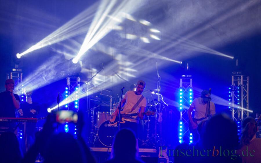 Die Band Max im Parkhaus bei ihrem Livekonzert auf der Kleinkunstbühne Rausingen am Freitagabend. (Foto: P. Gräber - Emscherblog)