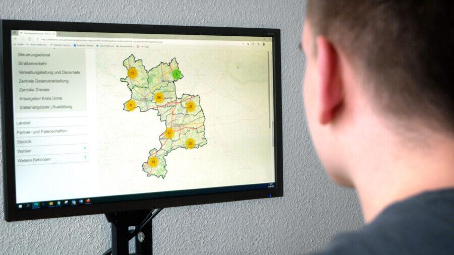 Die digitale Kita-Karte ist unter www.kreis-unna.de/kitaerreichbar. (Foto: Birgit Kalle – Kreis Unna)