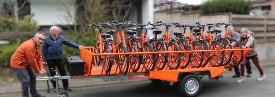 Bis zu zwölf Fahrräder können auf dem Anhänger transportiert werden, den sich der ADFC Holzwickede für die Tour  nach Lüdinghausen ausgeliehen hat. (Foto: ADFC)