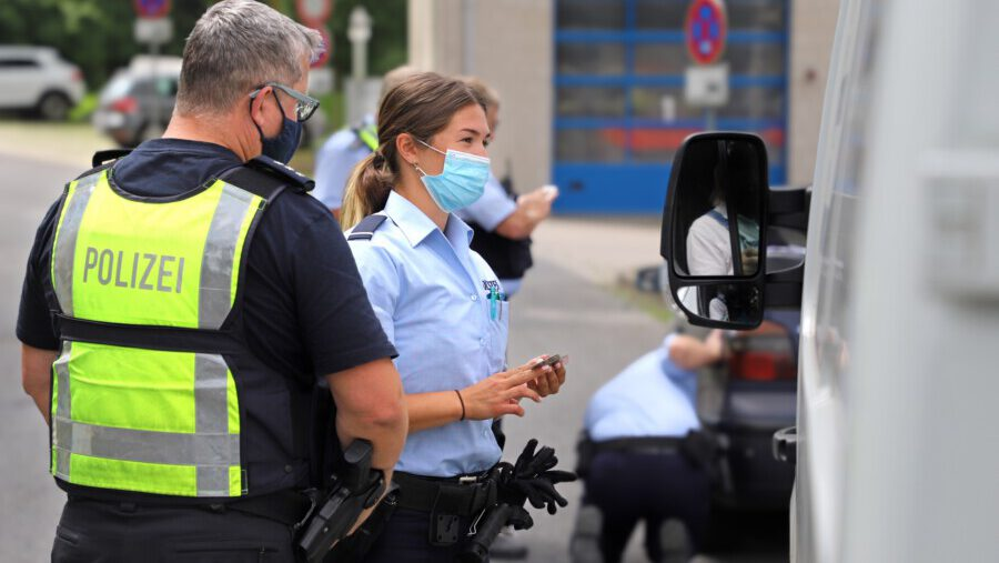 37  Kommissaranwärterinnen und -anwärter sammeln derzeit erste Einsatzerfahrungen bei der Kreispolizeibehörde Unna. (Foto: Kreispolizeibehörde Unna) (Foto: Kreispolizeibehörde Unna)