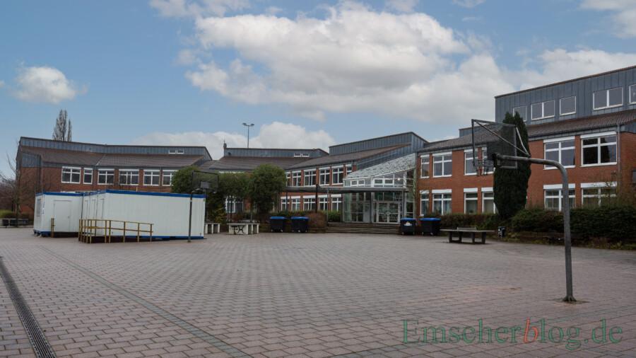 Das Clara-Schumann-Gymnasium hat nun doch gute Chancen, dauerhaft vier Eingangsklassen bilden zu können. (Foto: P. Gräber - Emscherblog)