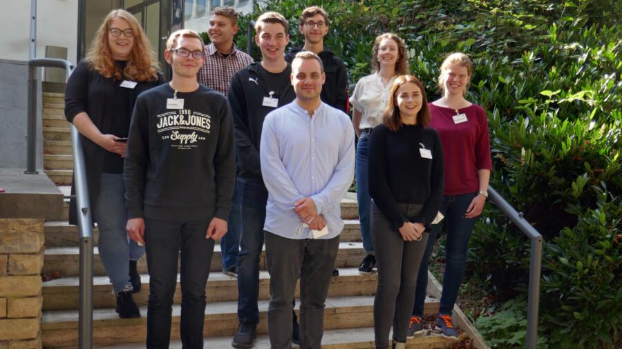 Die eigenen Auszubildenden des Kreises Unna (Bild) stellten den Schülern der Peter-Weiss-Gesamtschule die vielfältigen Ausbildungsangebote des Kreises Unna vor. (Foto: Diana von der Heyde - Kreis Unna)
